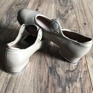 Other - Bloch Girls Tan Tap Shoes EUC